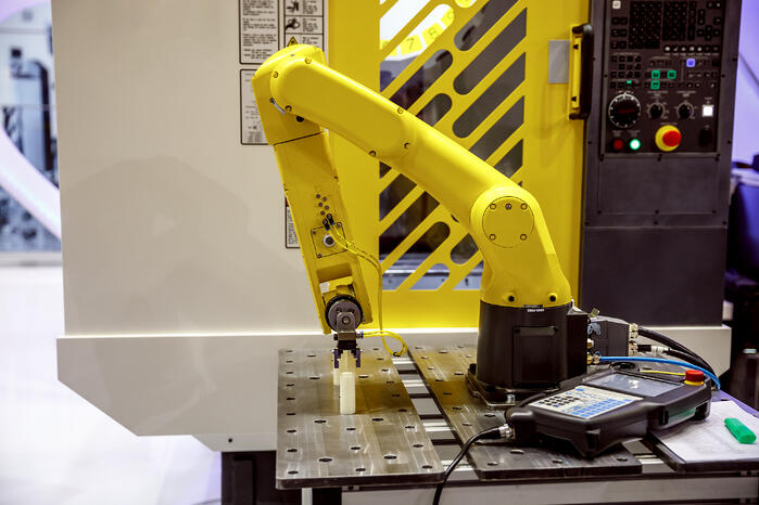 robotic-arm-modern-industrial-technology-PGX59CC
